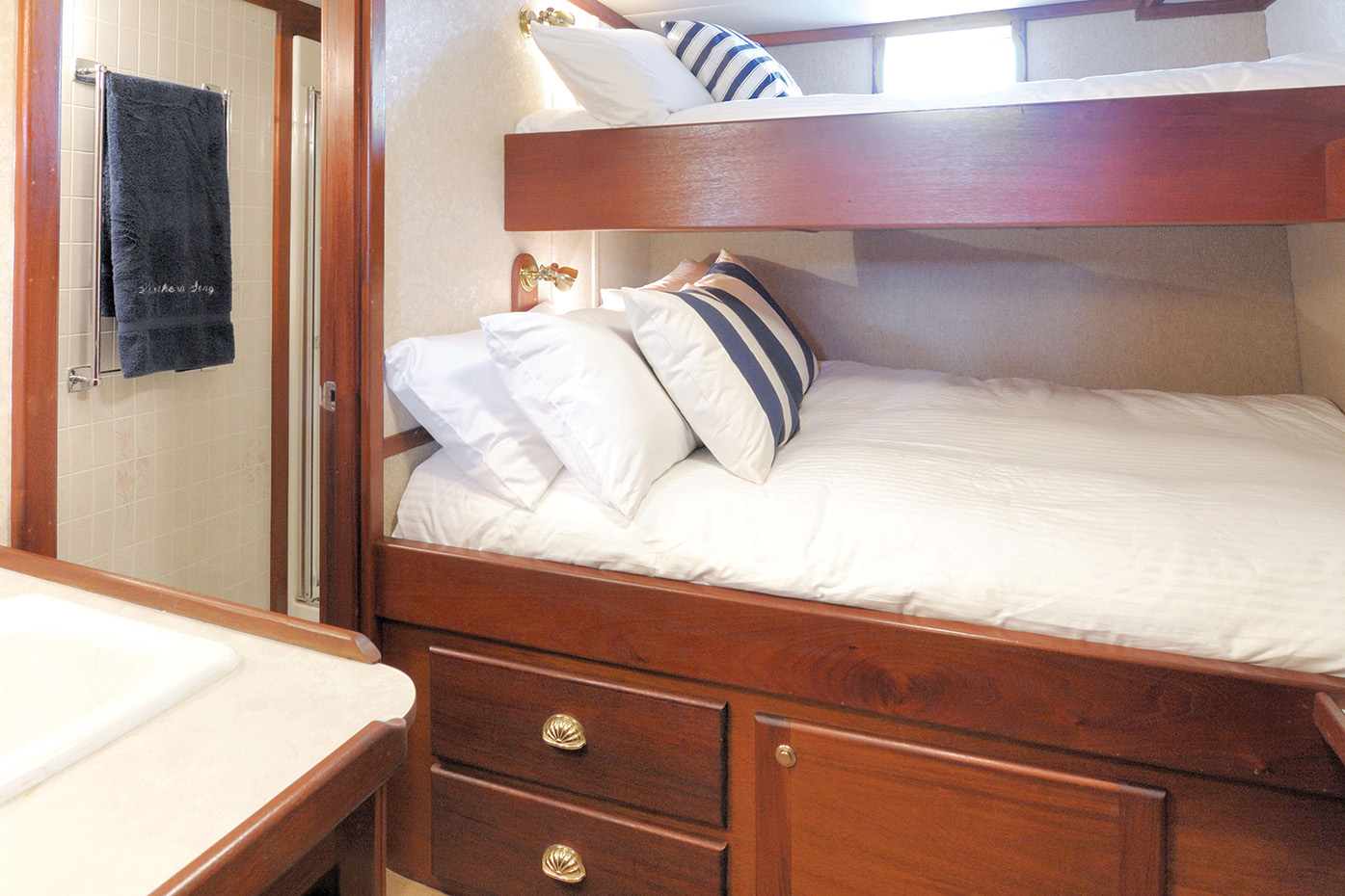 Lower Deck Stateroom - Upper/Lower Berths